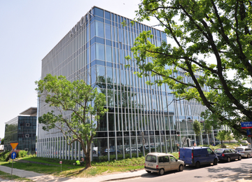 Celebro office building with use permit
