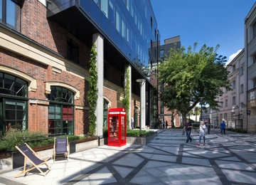 Dzielna 60 office complex modernized