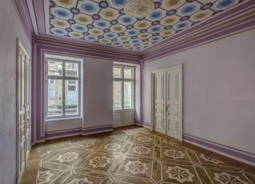 Le Palais has a new tenant