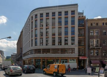 Warsaw: New office building at Chmielna Street