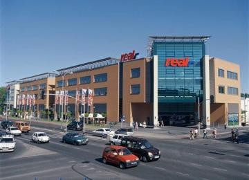 Transcom stays in Kołobrzeska Office and Retail Passage