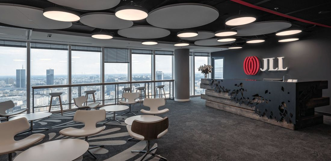 Polish touch in modern design – creation process of JLL office in Warsaw Spire