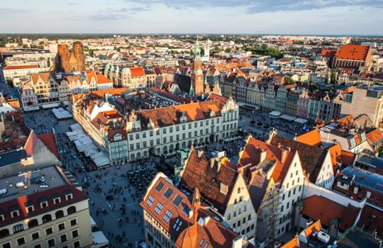 "KRAKÓW and WROCŁAW - JLL Report ""Hot or not"" Demand analysis in Poland"